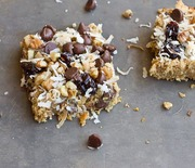 Thumb_soft-baked-oatmeal-chocolate-chip-bars-2