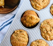 Thumb_best-healthy-apple-muffins-1-1