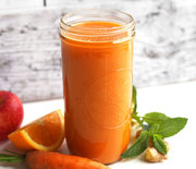 Thumb_carrot-apple-ginger-juice-square