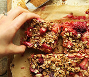 Thumb_strawberry-rhubarb-crumble-bars-square