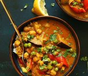 Thumb_red-vegetable-coconut-curry-with-chickpeas-1-pot-simple-so-flavorful-vegan-glutenfree-plantbased-curry-recipe-chickpeas