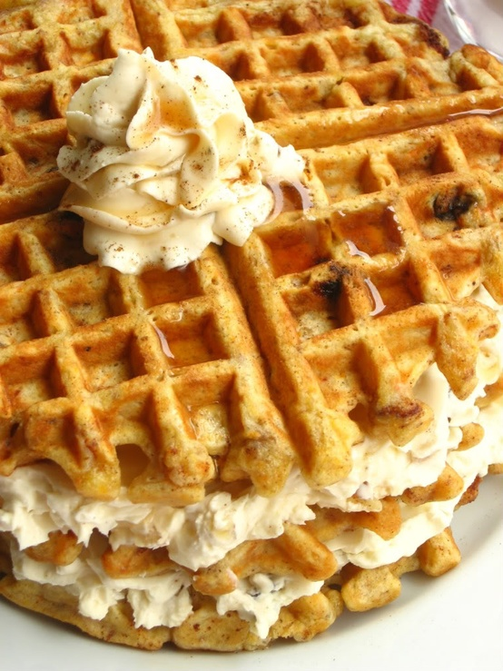 Carrot-cake-waffles