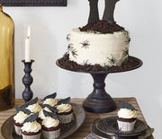 Thumb_gallery-halloween-party-cake-cupcakes-1016-1
