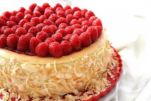 Toasted Coconut & Raspberry Cheesecake – PinLaVie.com