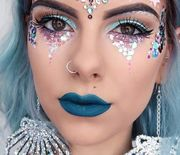Thumb_mermaid-makeup-and-embellishments