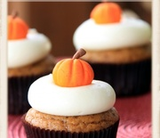 Thumb_pumpkin-cupcakes-maple-cream-cheese-icing1