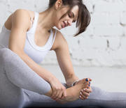 Thumb_foot-pain-yoga