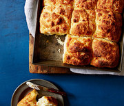 Thumb_5508b2d7d6569-quick-n-easy-southern-biscuits-recipe-ghk0714-s2