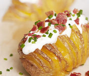 Thumb_landscape-1450730272-ghk-0116-cheesy-hasselbacks