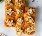 Thumb_spicy-buffalo-chicken-sweet-rolls-7-e1446524301273