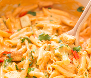Thumb_one-pot-chicken-vegetable-three-cheese-mac-and-cheese-1