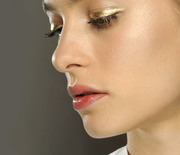 Thumb_totalbeauty-lol-holiday-makeup-metallic-00