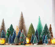 Thumb_mini-christmas-trees-102825728_vert