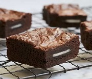 Thumb_baked_goods_gifts_oreo_brownies