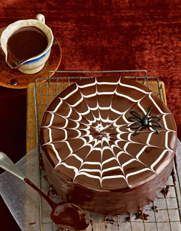 Halloween Spider Cake Decoration : Halloween Cakes   PinLaVie.com